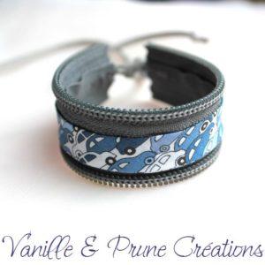 Bracelet enfant en zip gris et Liberty® cars