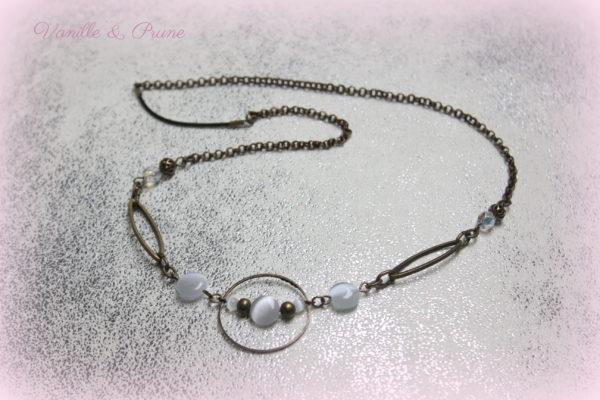 Bijou de tête Headband bronze, intercalaires et perles oeil de chat blanches