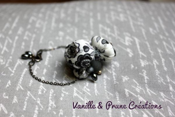 Bracelet grappe perles textiles grises Liberty® hématite