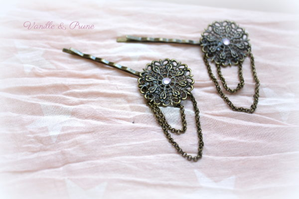 Barrettes retro bronze et chainettes, strass rose opal