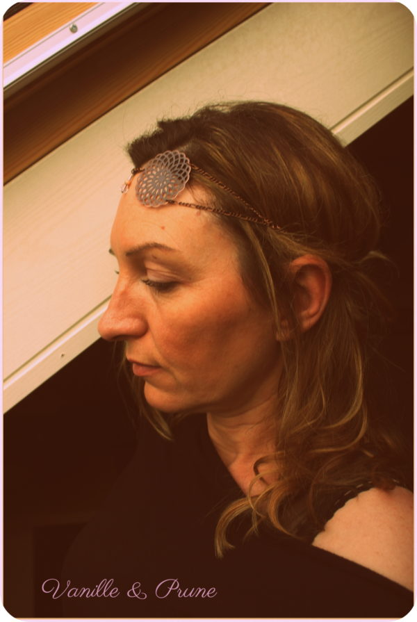 Bijou de tête Headband bronze, intercalaires fleuris, perles facettes bohème