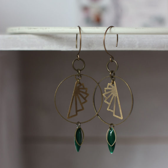 Boucles d'oreilles bronzes intercalaires moyens ronds, intercalaires ailes origami, breloques émaillées navettes vert sapin