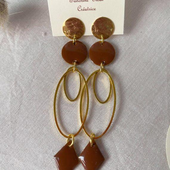Boucles d'oreilles dorées intercalaires doubles ovales, résine époxy chocolat