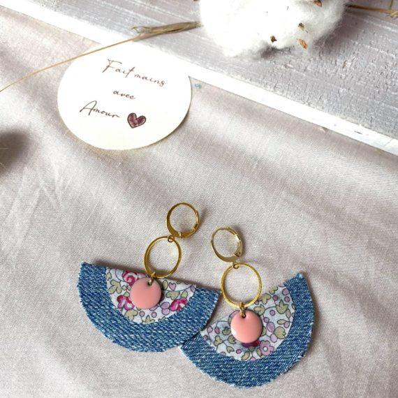 Boucles d'oreilles dorées formes demi-ronds en jeans et Liberty®of London Eloïse rose